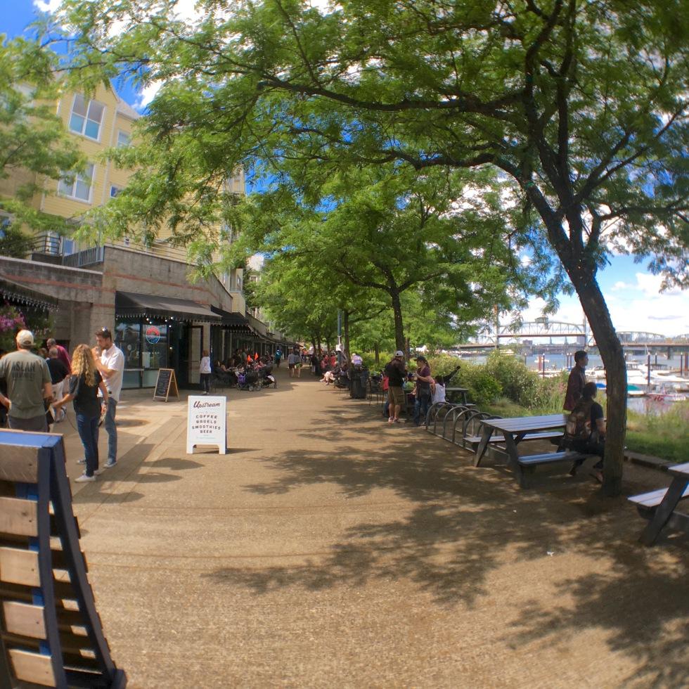 Tom McCall Waterfront Park ,トム・マッコール・ウォーターフロント・パーク、OYAKO PORTLAND, ポートランド