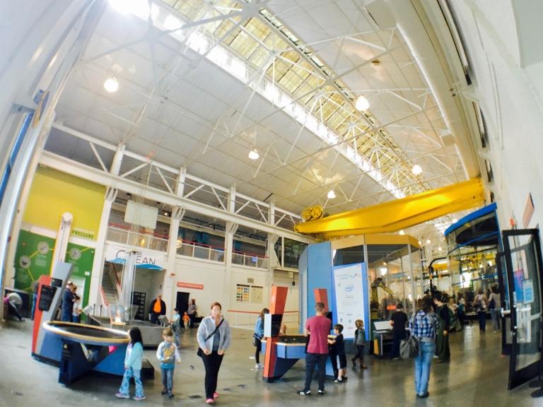 ポートランドにあるオレゴン科学産業博物館(OMSI)を家族で楽しむ