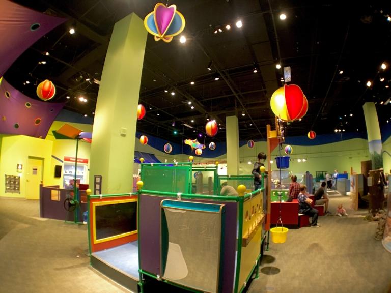 ポートランドにあるオレゴン科学産業博物館(OMSI)にある小さな子供向けのプレイエリア