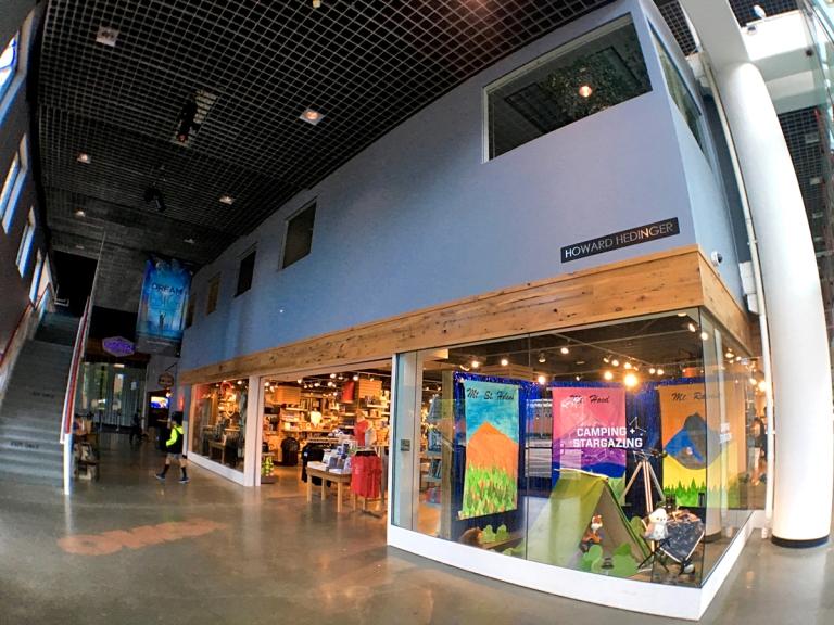 ポートランドにあるオレゴン科学産業博物館(OMSI)にあるギフトショップ