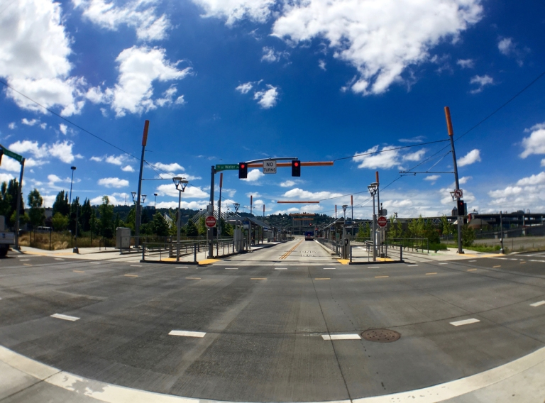 ポートランドにあるオレゴン レイル ヘリテイジ センター(ORHF)近くの交通機関