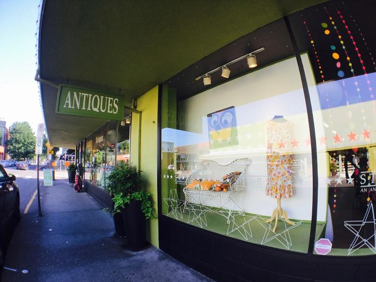 sellwood Oregon Portland Antique mall Shopping4