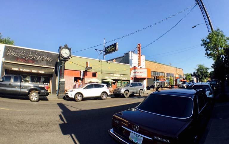 sellwood Oregon Portland Antique mall Shopping9
